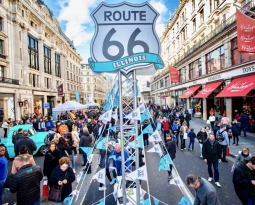 Regent Street Motor Show Headlined by Illinois Route 66 Helps Celebrate Milestone 200 Years